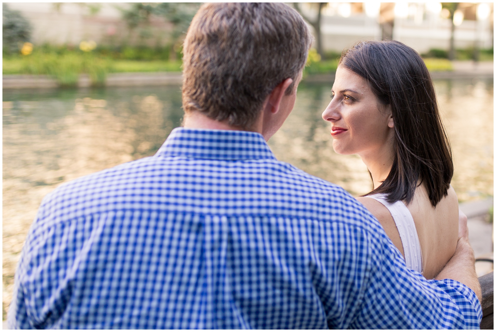 Downtown Indy couples photo session