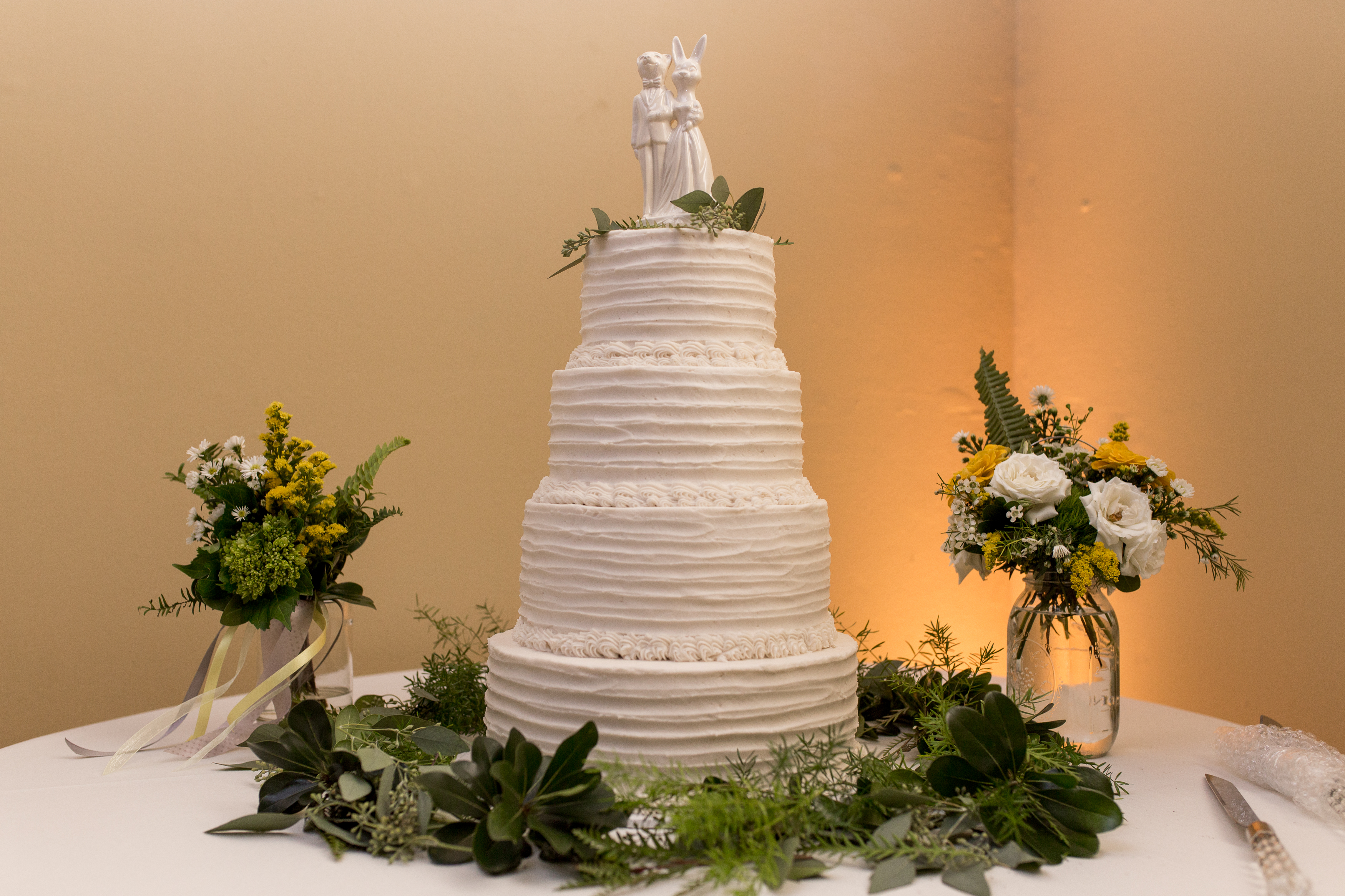 Under the Sun bakery wedding cake at Minnetrista in Muncie Indiana