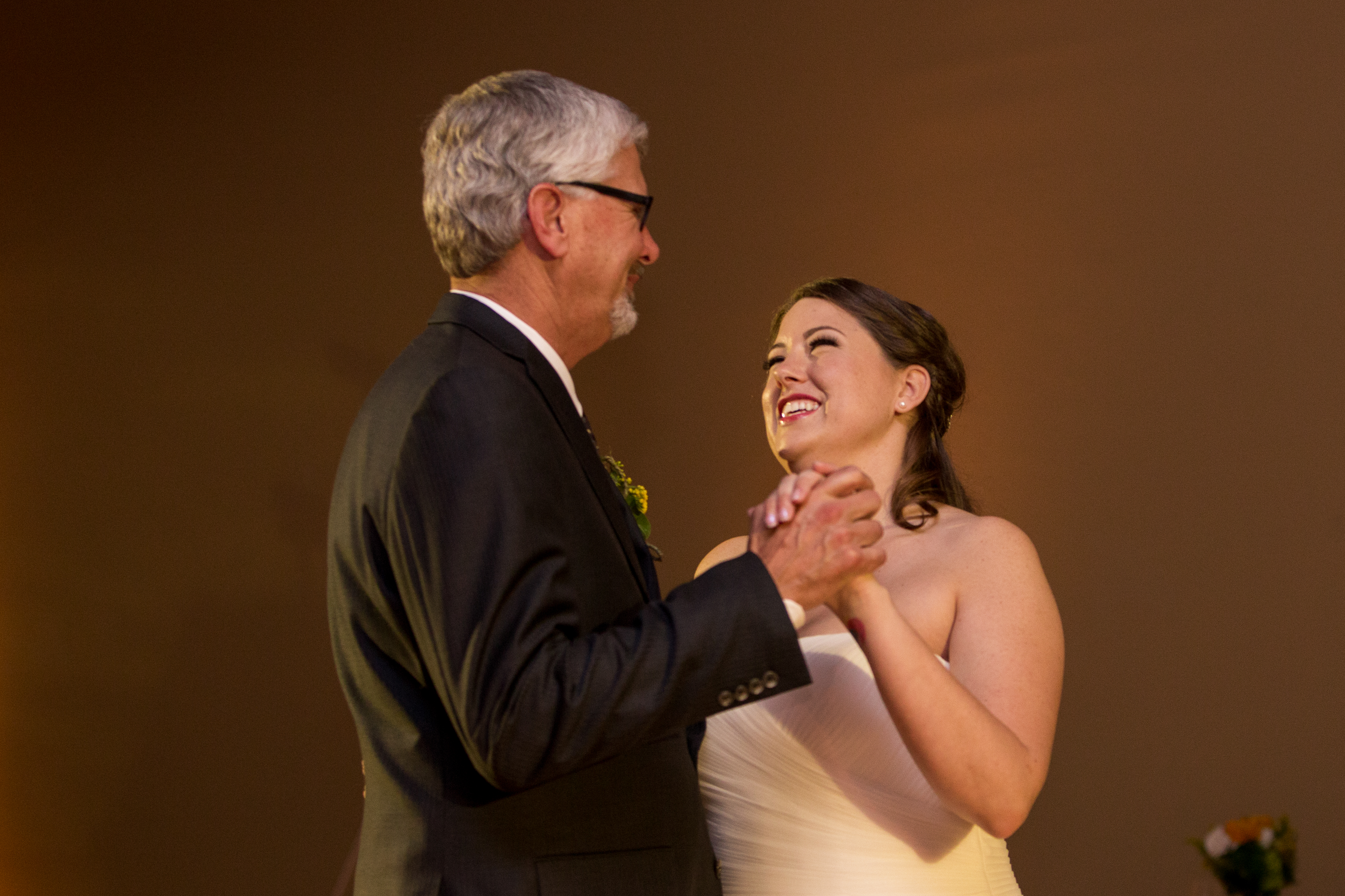 father-daughter dance at Muncie Indiana wedding