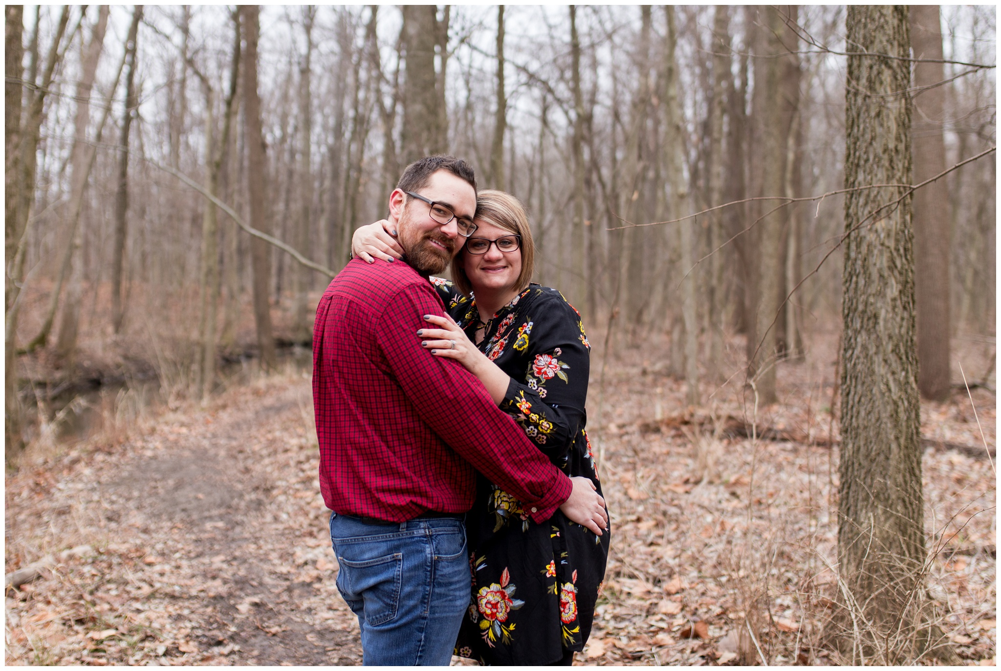 mom and dad during Kokomo Indiana maternity session at Jackson Morrow Park