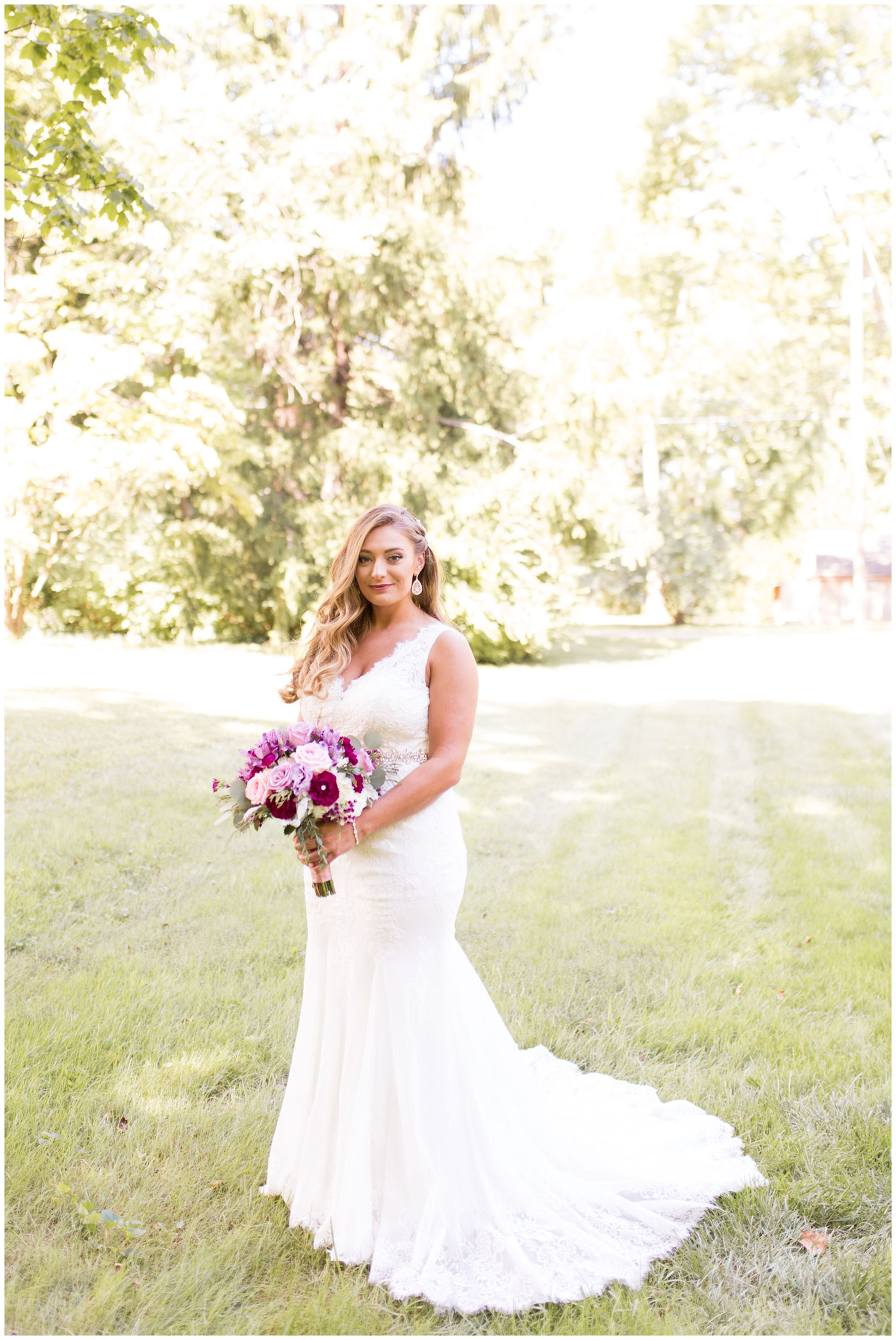bride Wabash wedding photos at Charley Creek Gardens