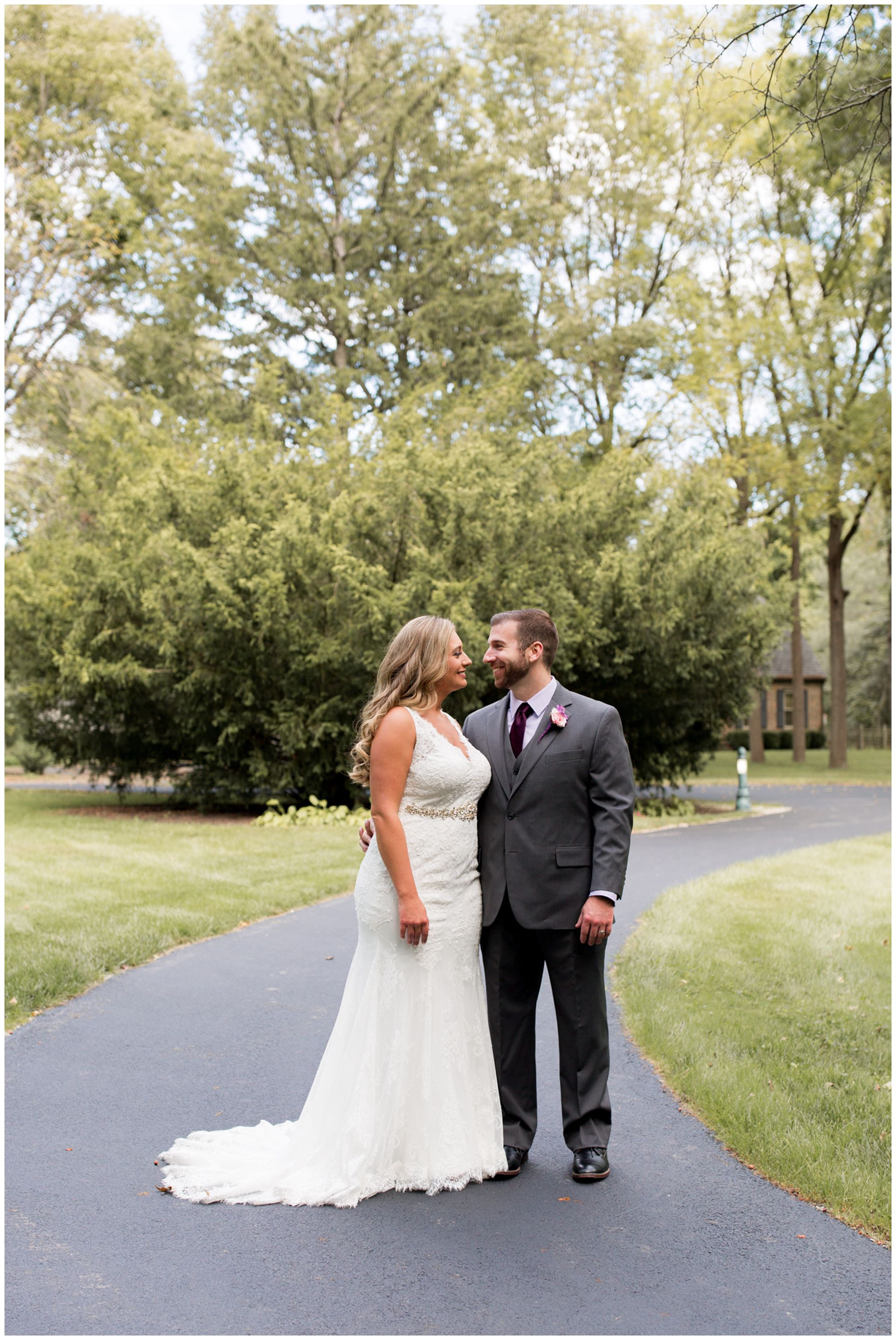 bride and groom Wabash wedding photos at Charley Creek Gardens