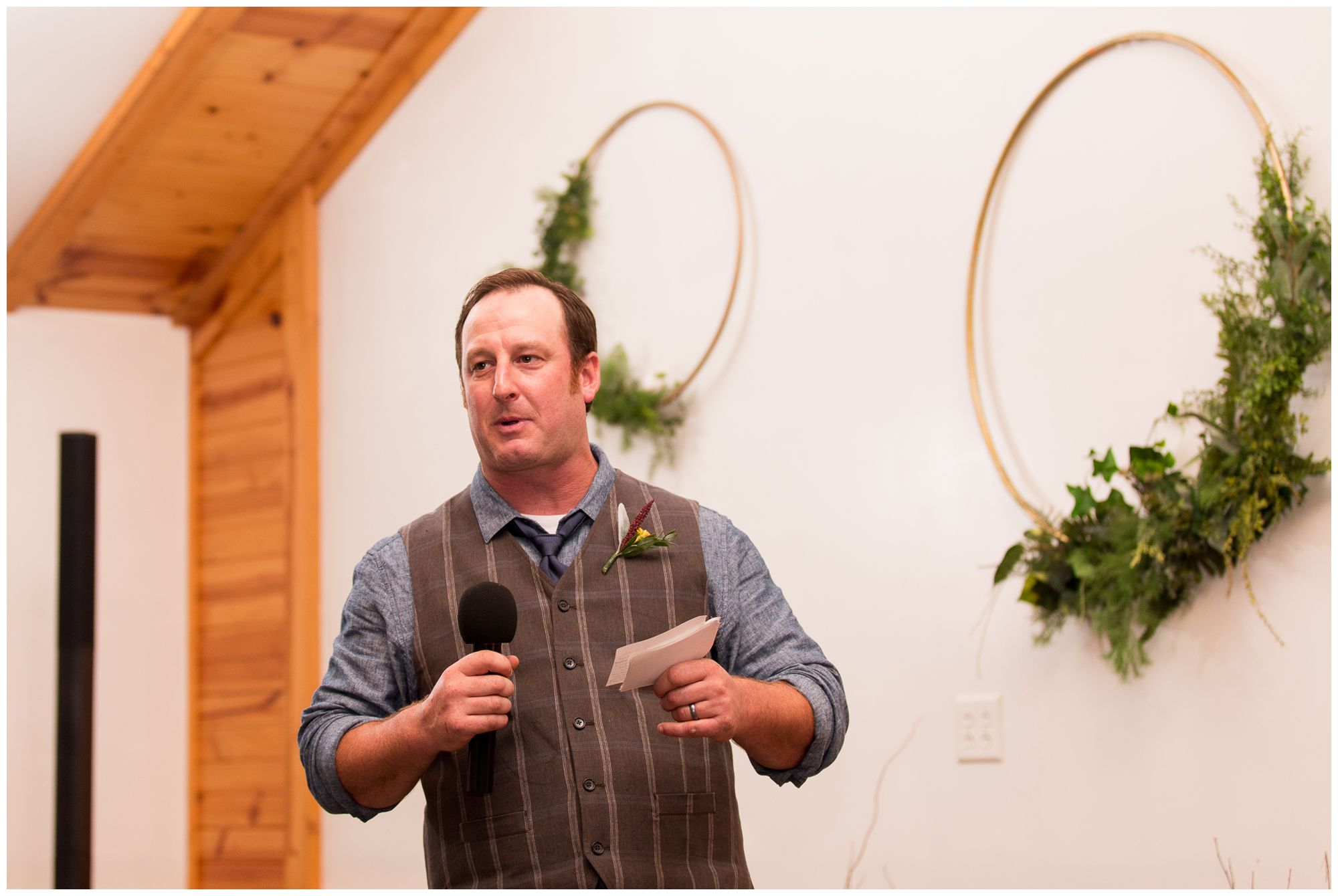 best man gives toast during Peru Indiana wedding reception