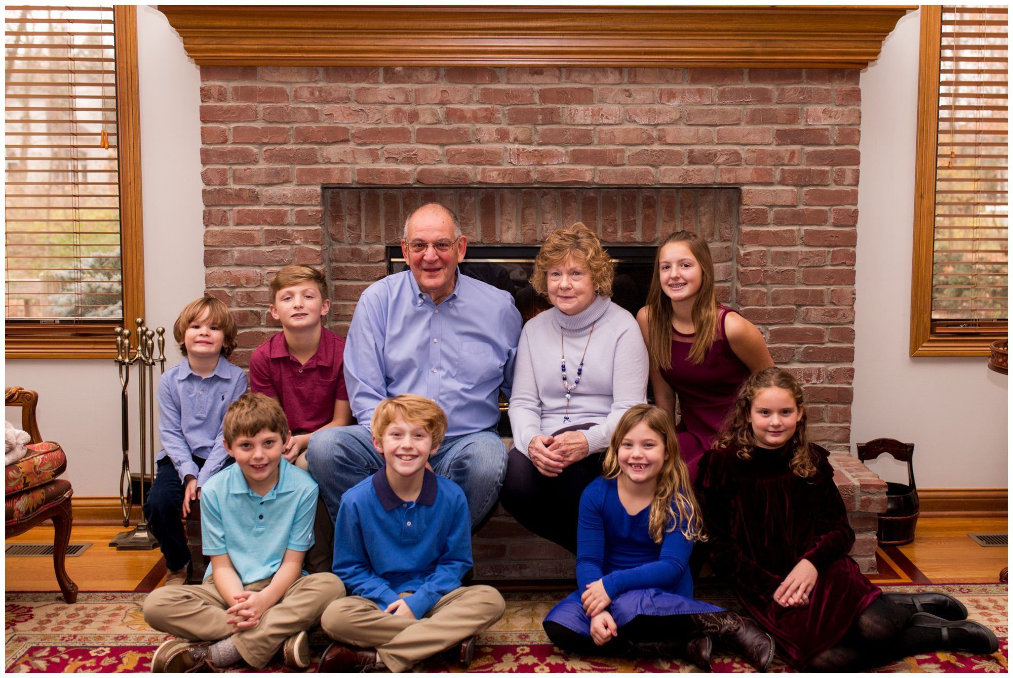 holiday extended family session with Indianapolis family photographer