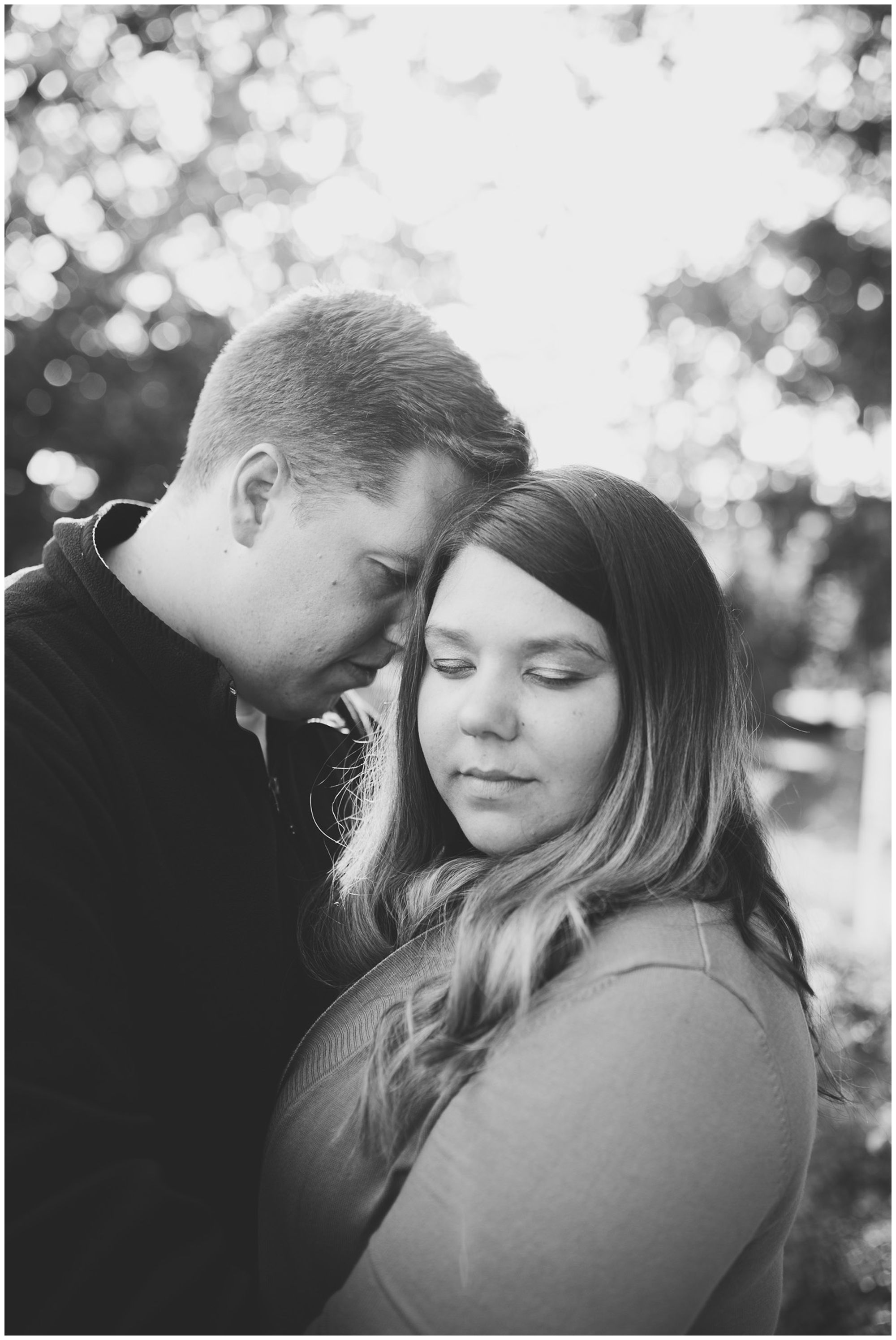 Fort Wayne engagement session at Lakeside Park
