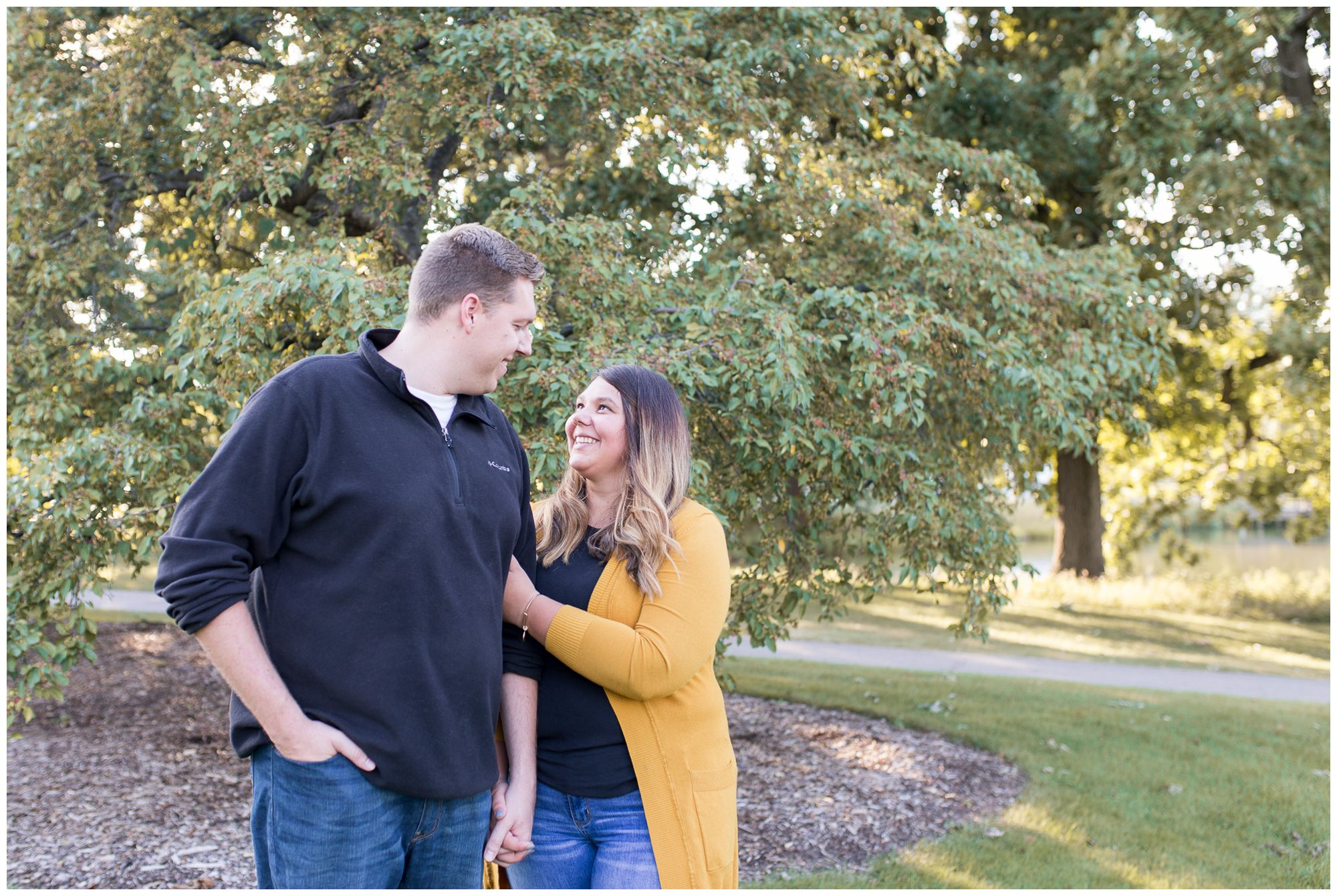 couples engagement session at Lakeside Park in Fort Wayne Indiana