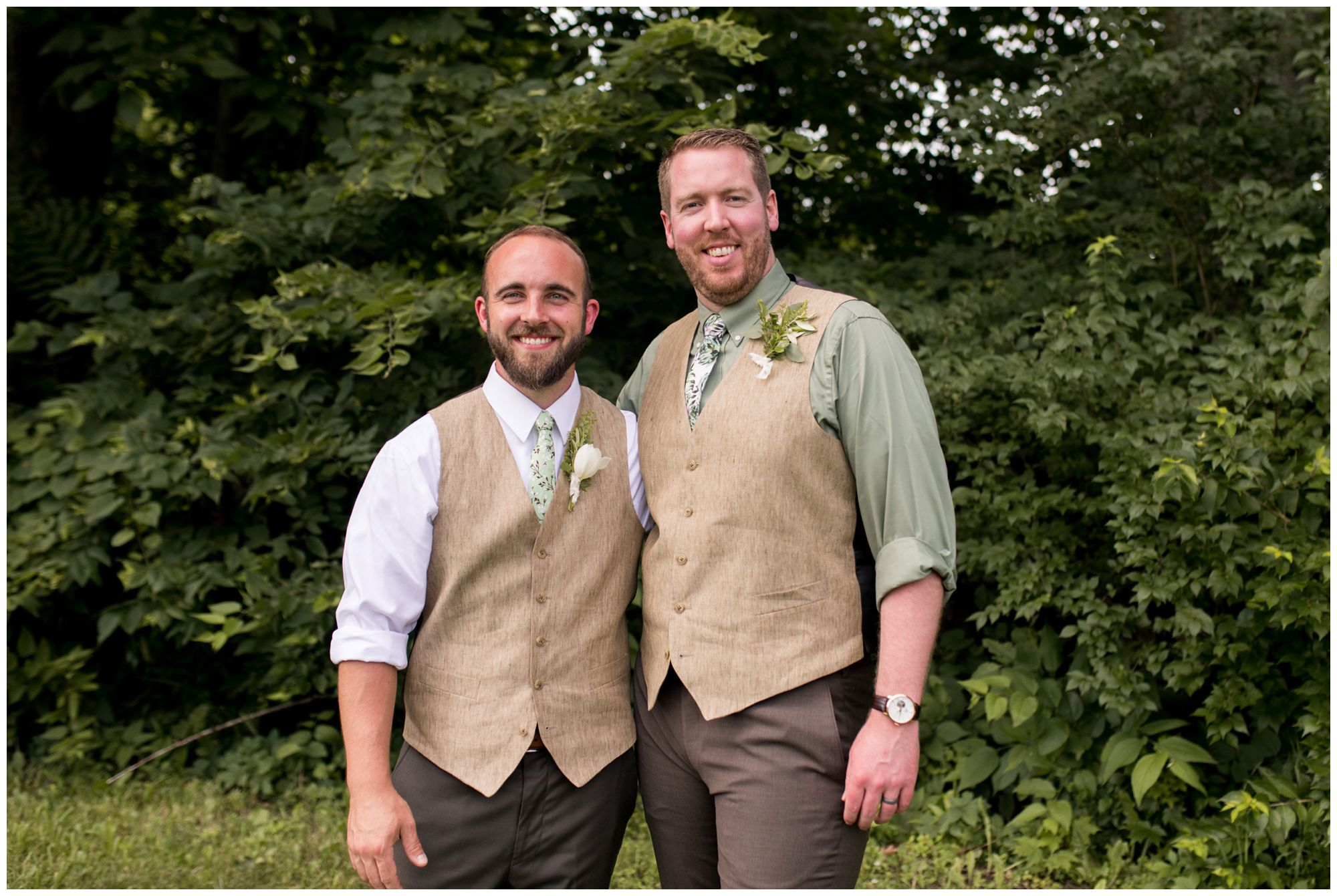 groom and best man during Indianapolis wedding