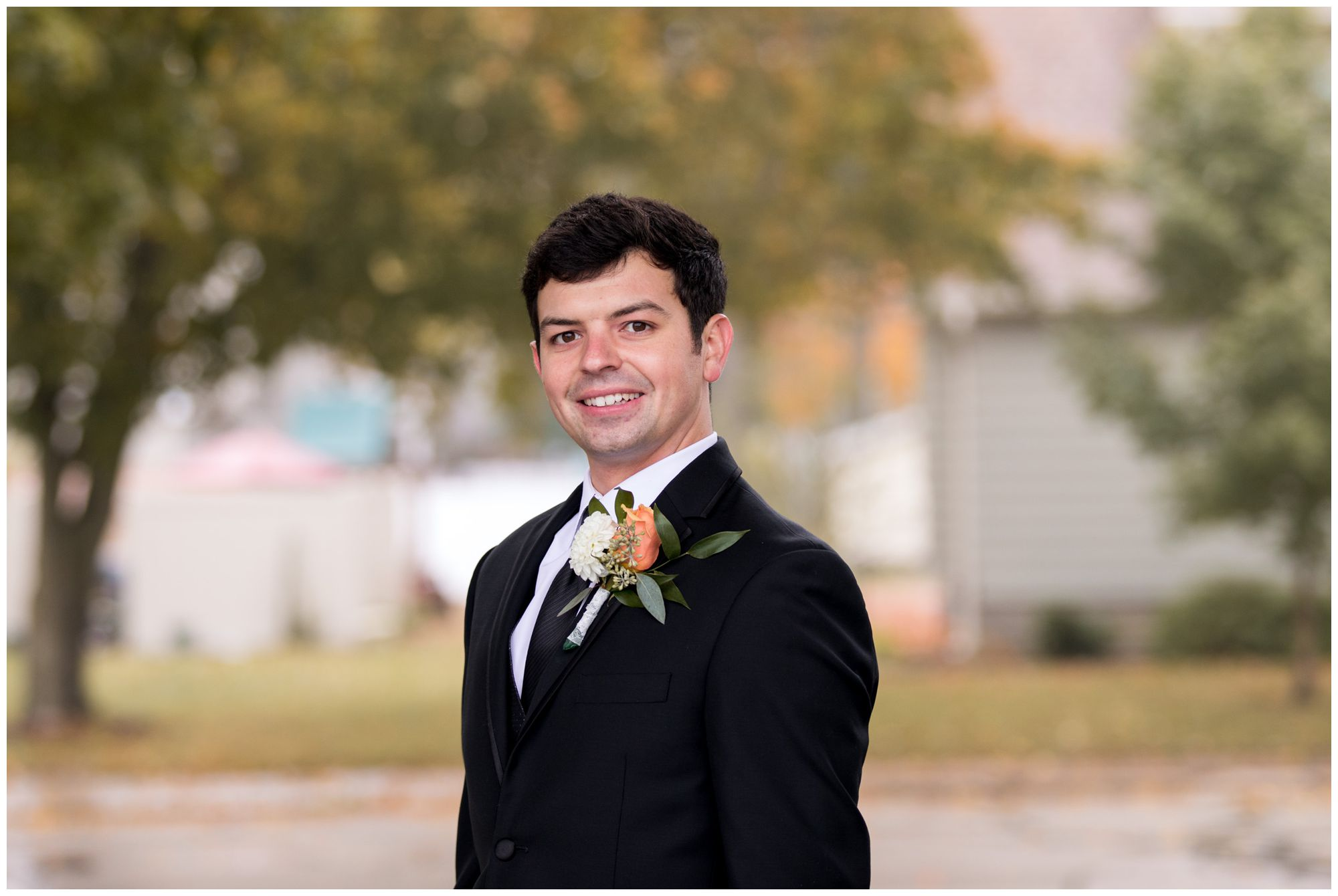 groom wedding portraits in Decatur Indiana