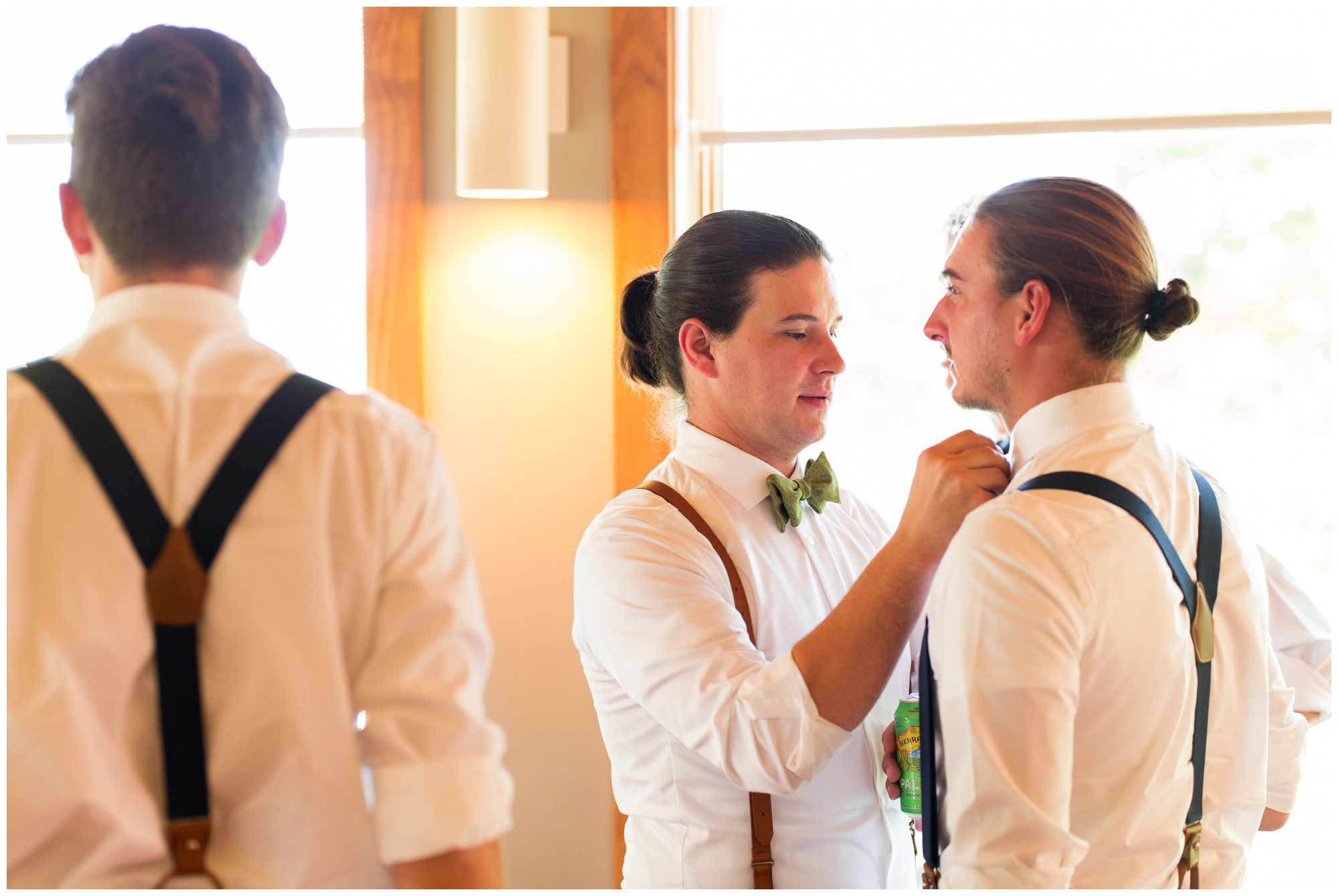 groom and groomsmen get ready for wedding ceremony at Forest Park Inn