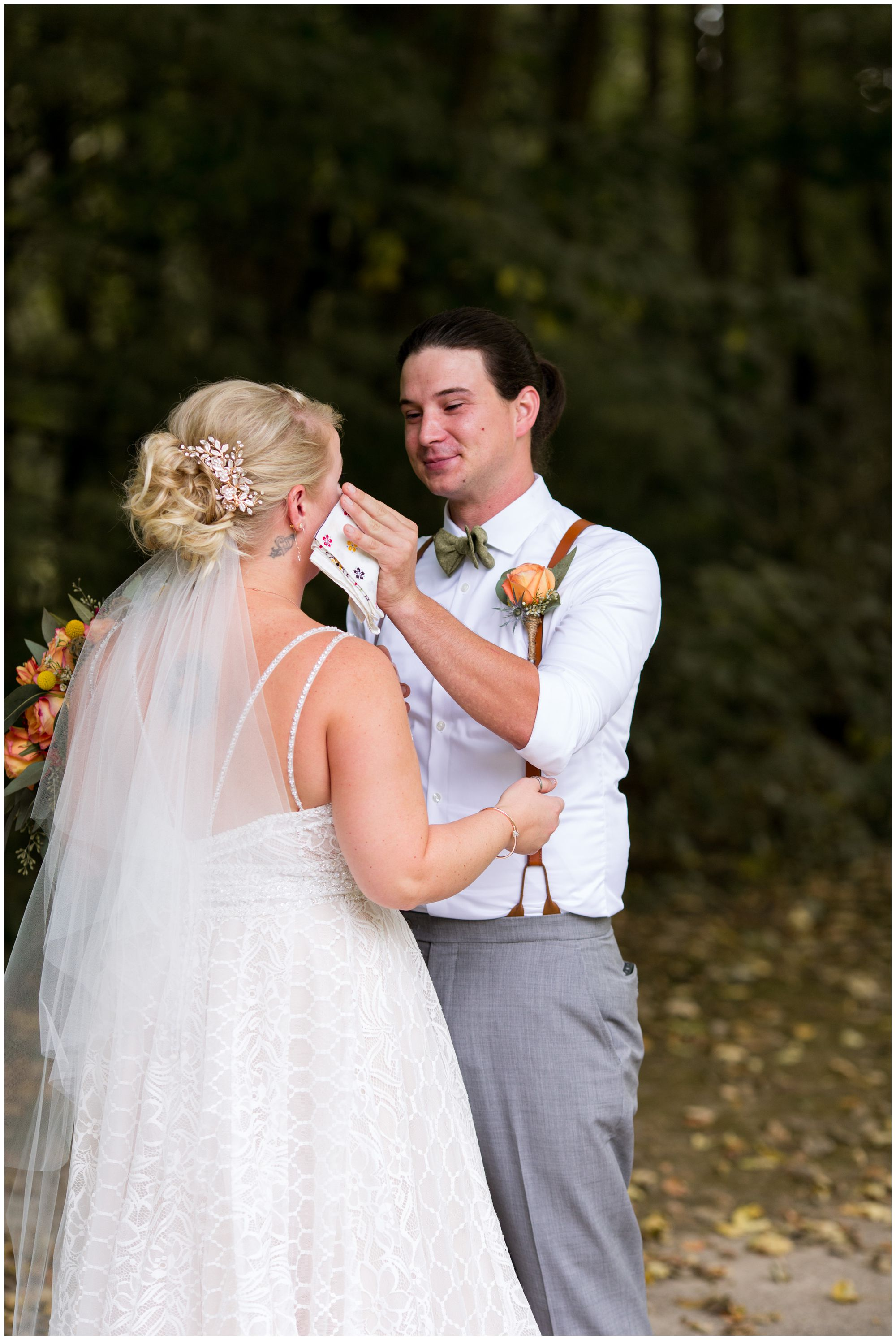 bride and groom first look in Forest Park in Noblesville