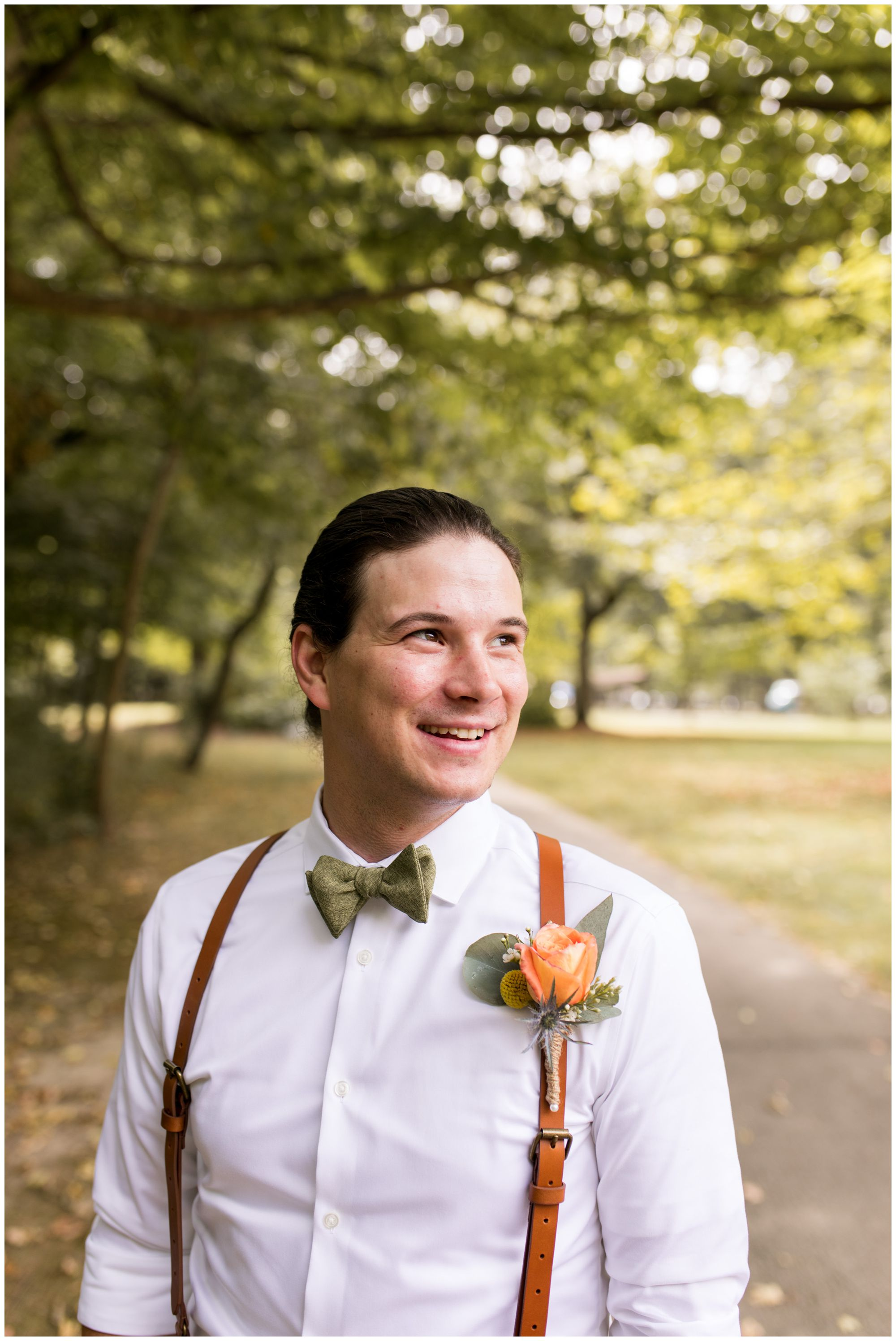 groom portraits at Forest Park in Noblesville