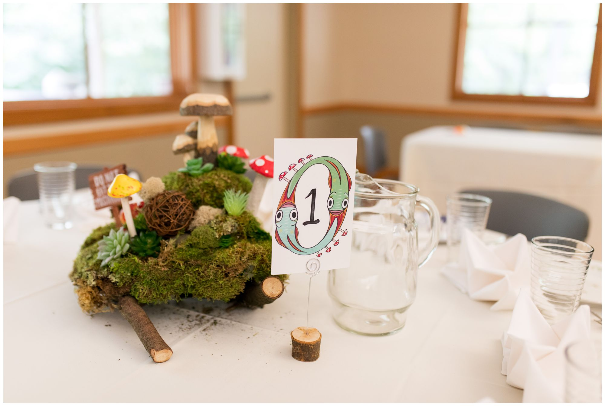 Forest Park Inn wedding reception decor