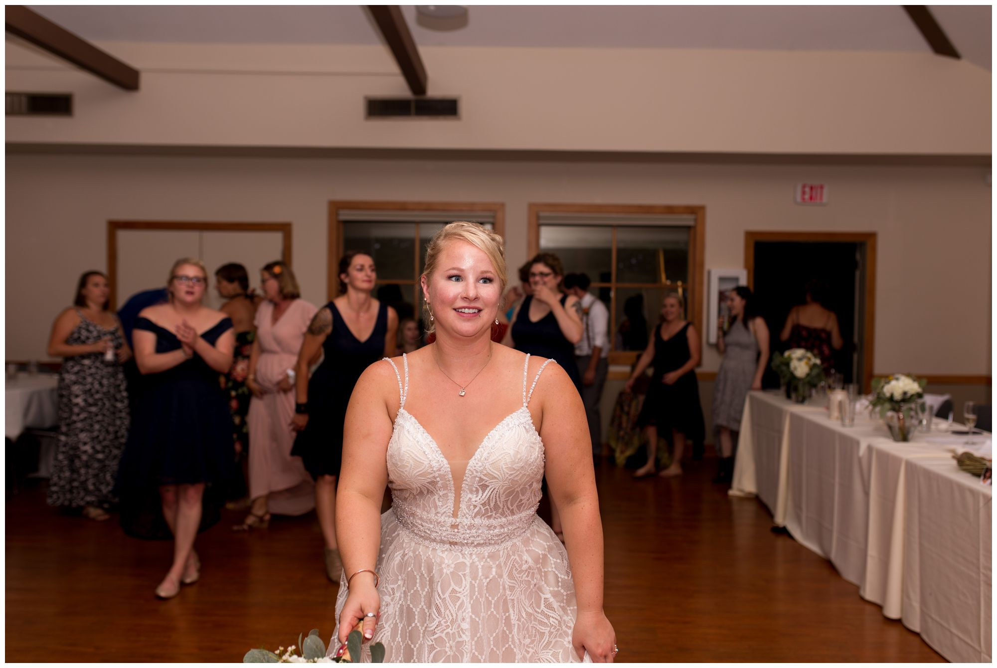 Forest Park Inn wedding reception in Noblesville Indiana