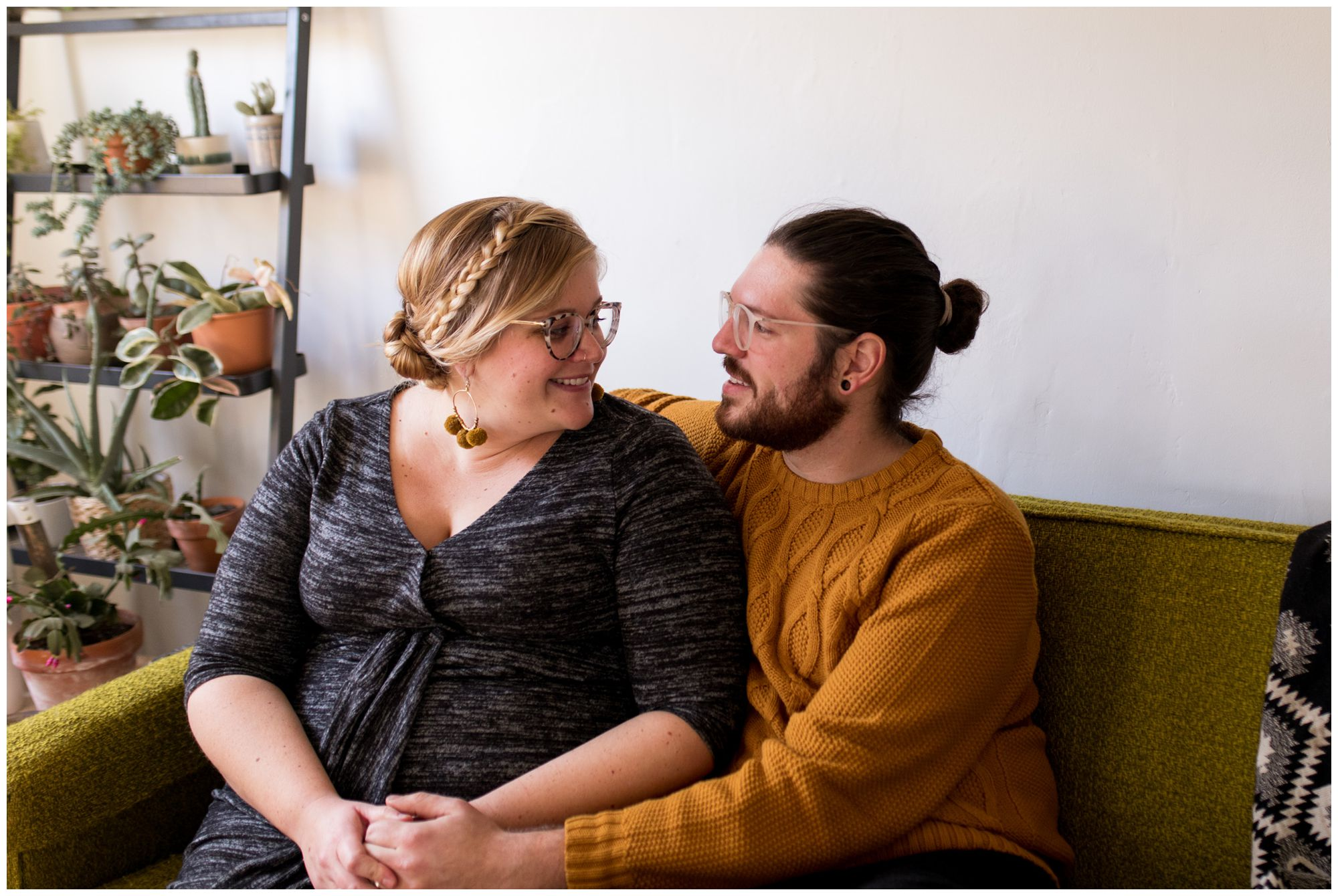 Indianapolis home maternity session