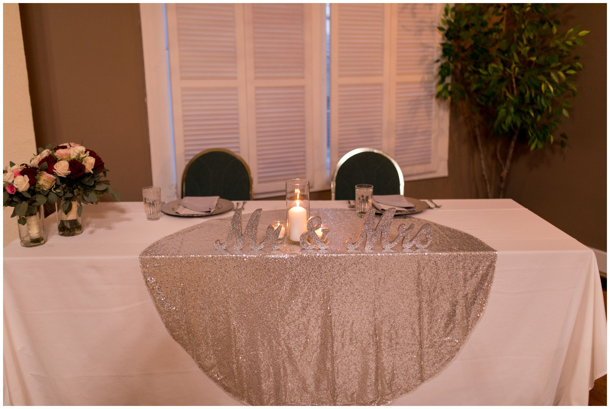 bride and groom sweetheart table at Portland Golf Club in Portland Indiana