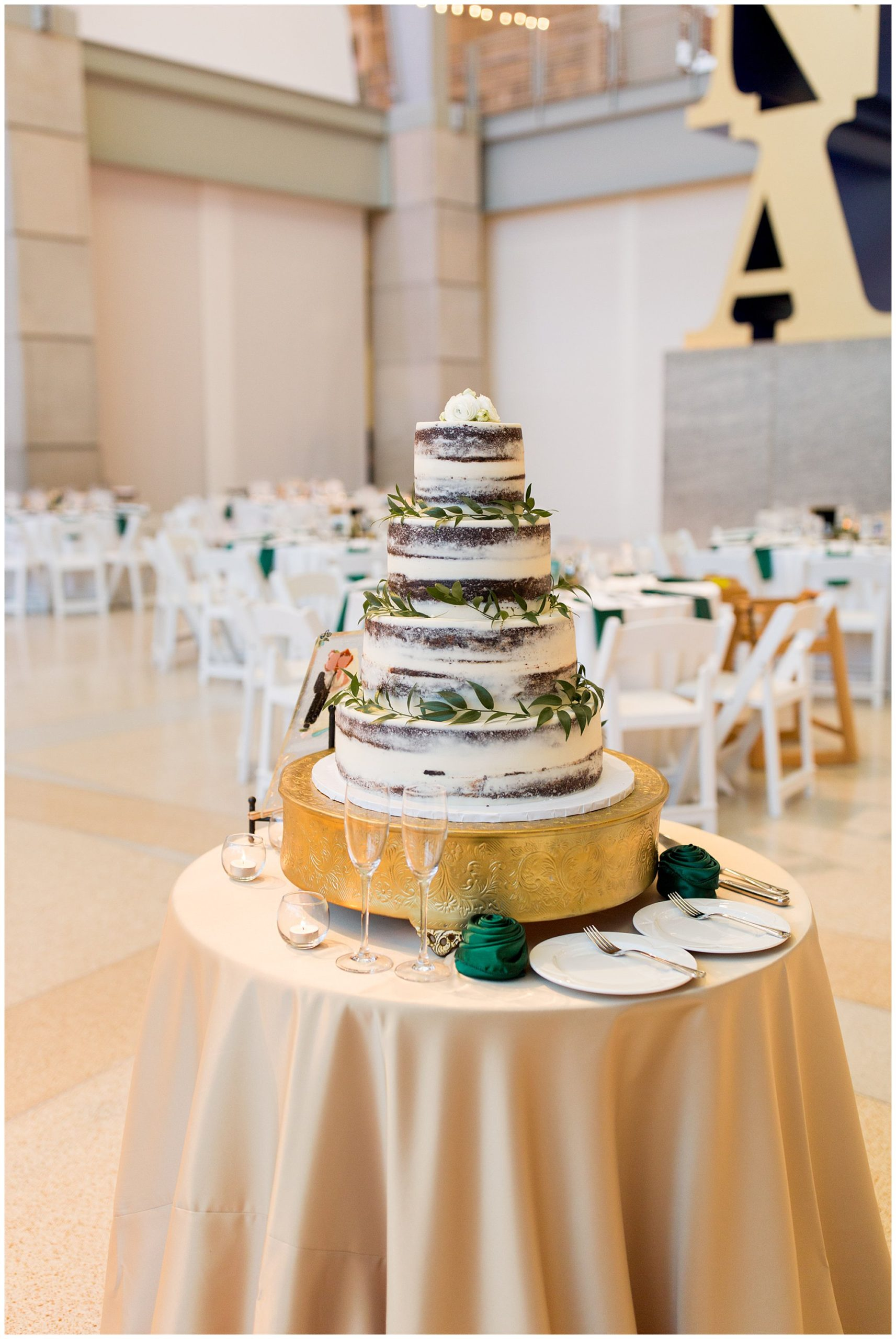 wedding cake from Kahn's Catering