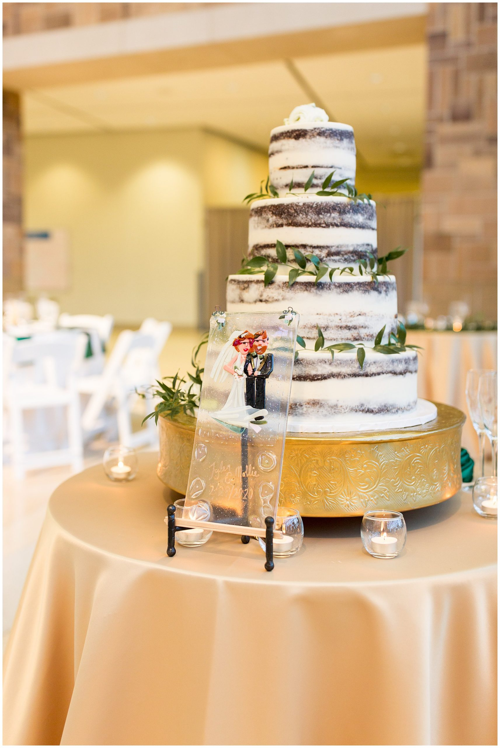 wedding cake from Kahn's Catering at Indiana State Musuem