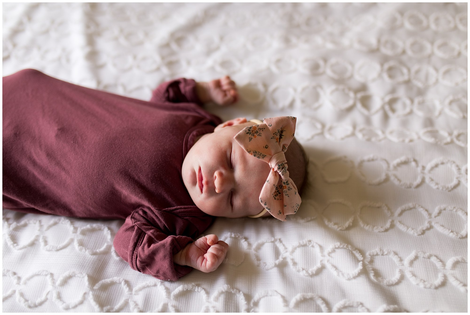 lifestyle newborn session in Fort Wayne, Indiana