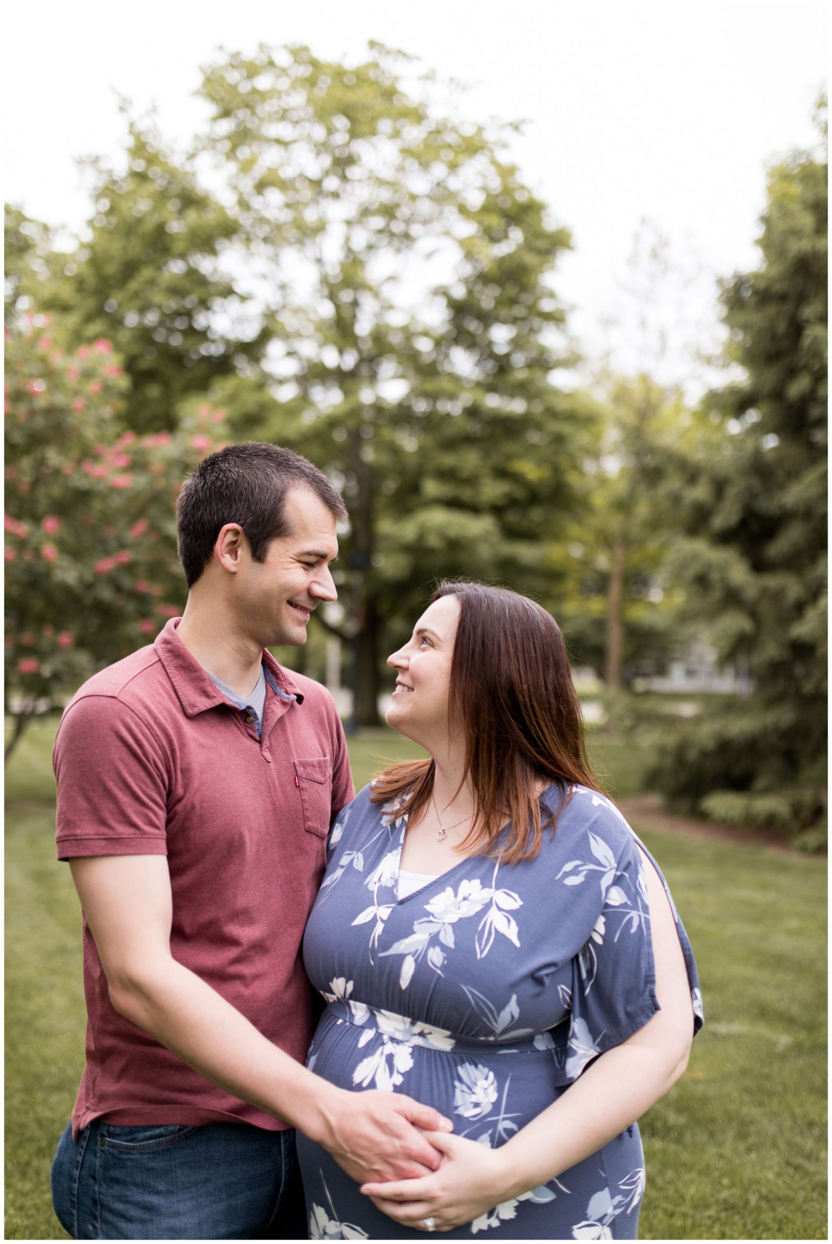 Muncie Indiana maternity session at Ball State University