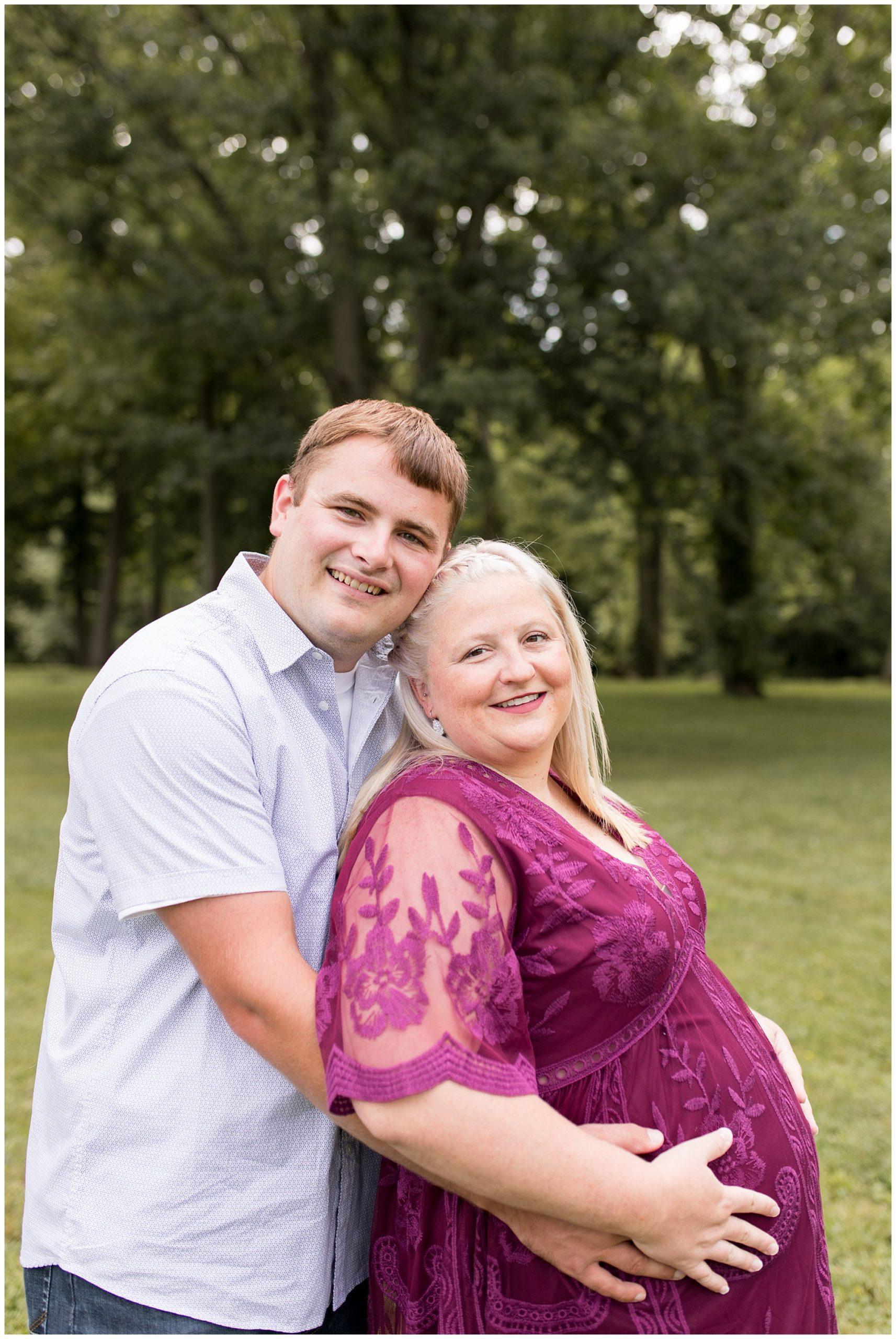 maternity session at Morrow's Meadow in Yorktown Indiana