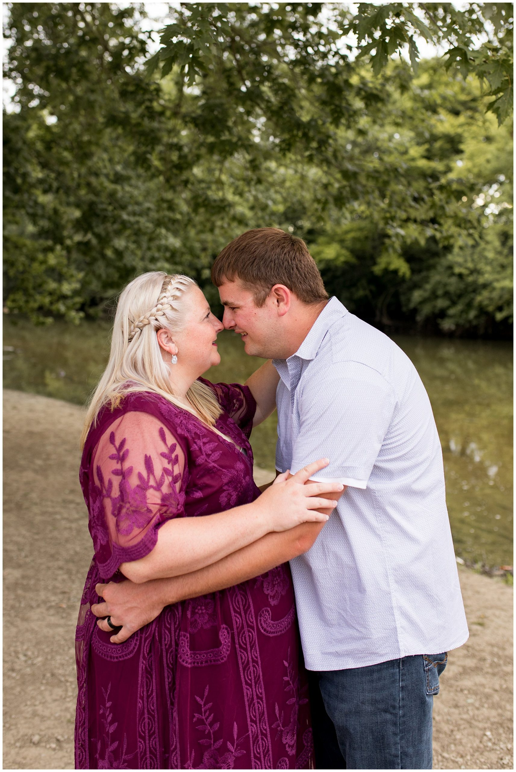 Muncie Indiana maternity session at Morrow's Meadow Park