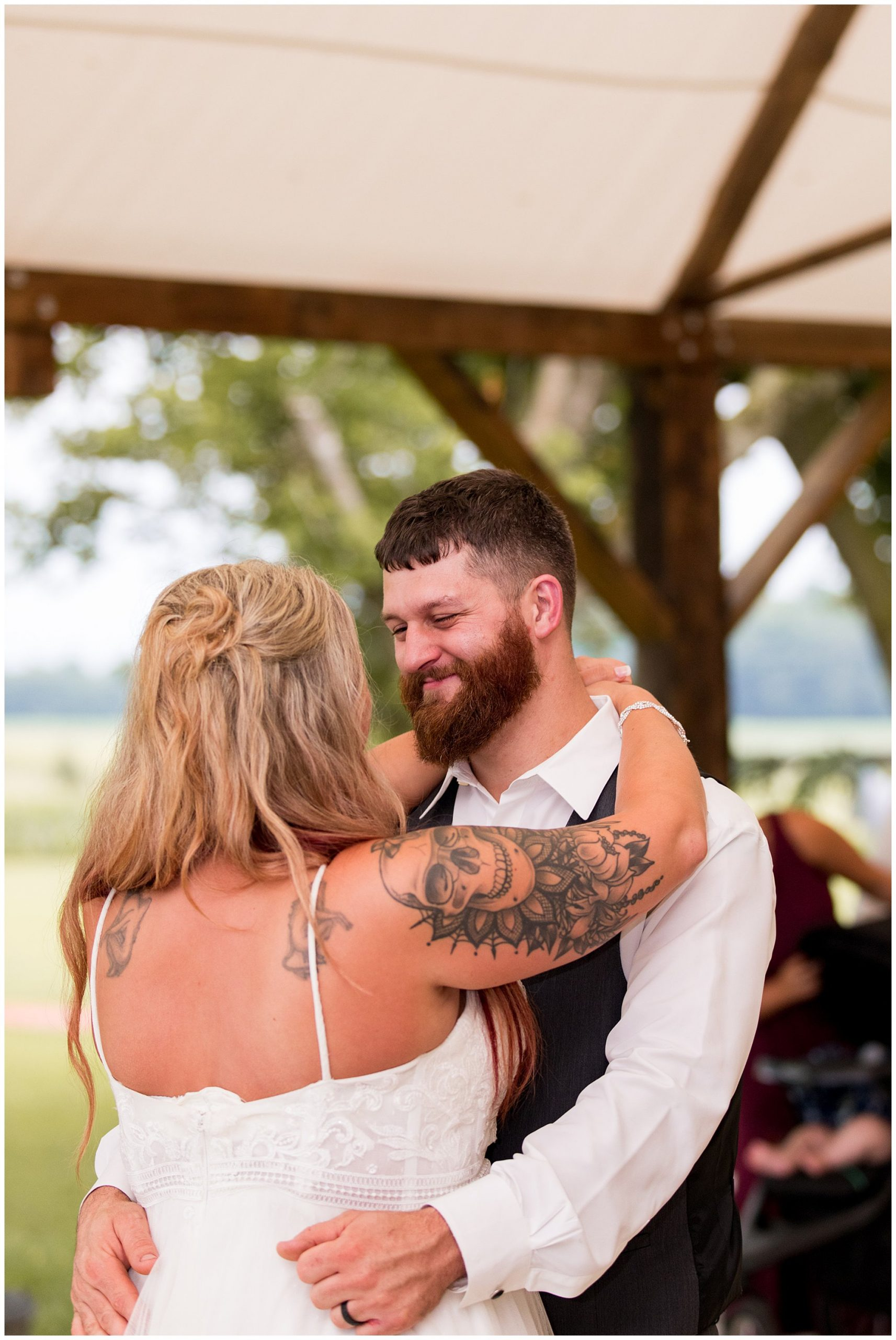 bride and groom have first dance at Fremont Indiana wedding