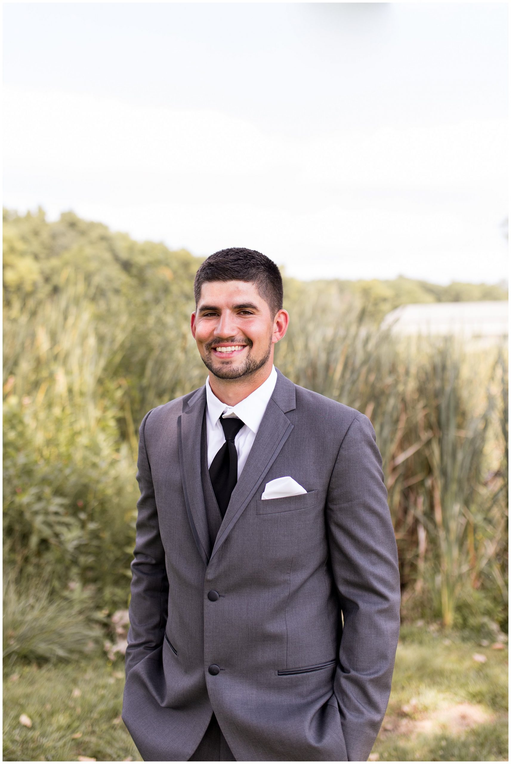 groom portraits before Fort Wayne wedding at Union 12
