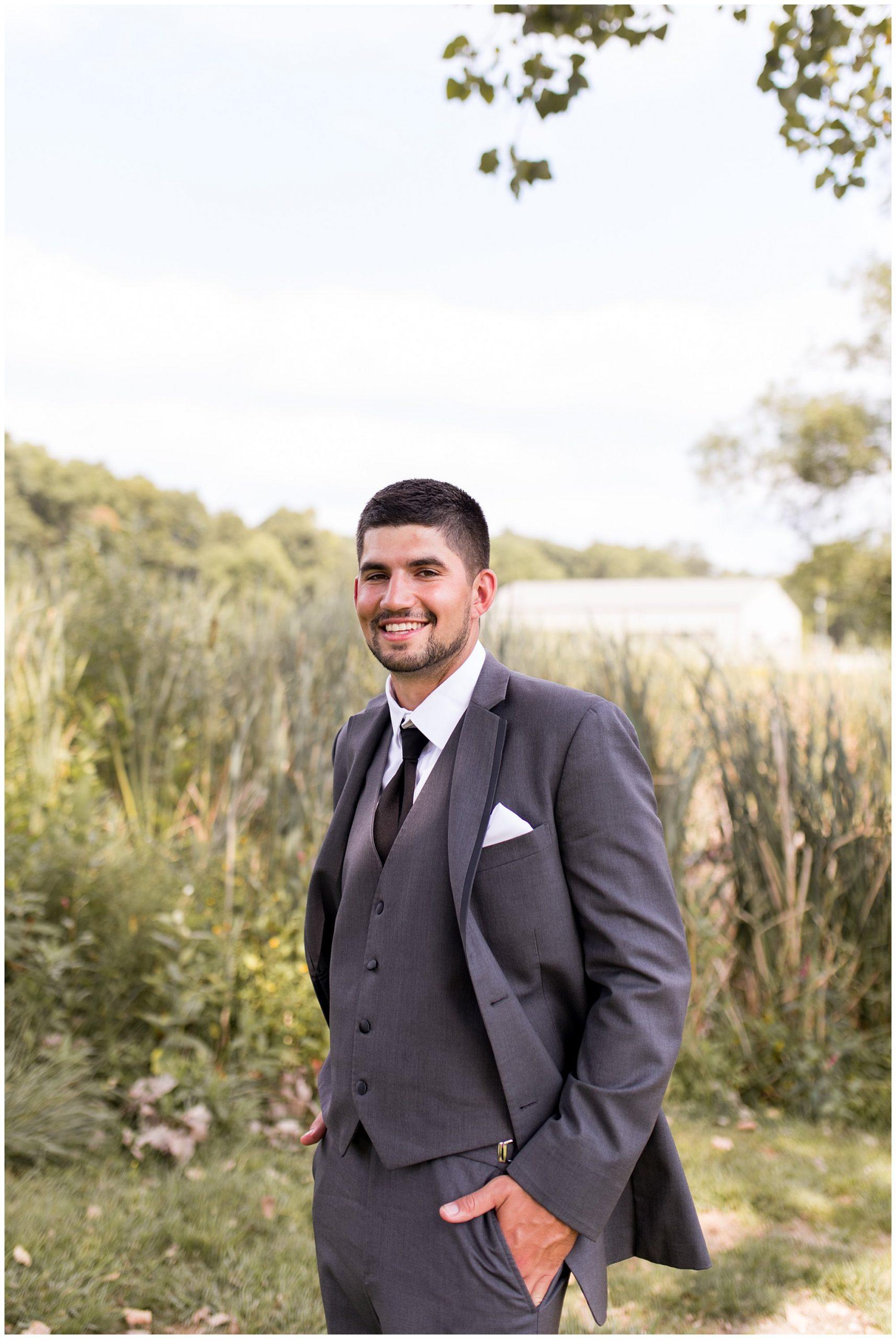 groom portraits before wedding at Union 12