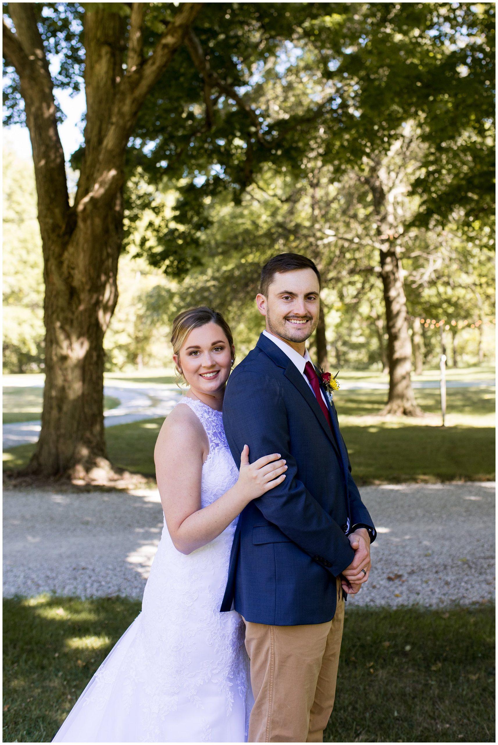 bride and groom photos at Legacy Barn wedding venue in Kokomo Indiana