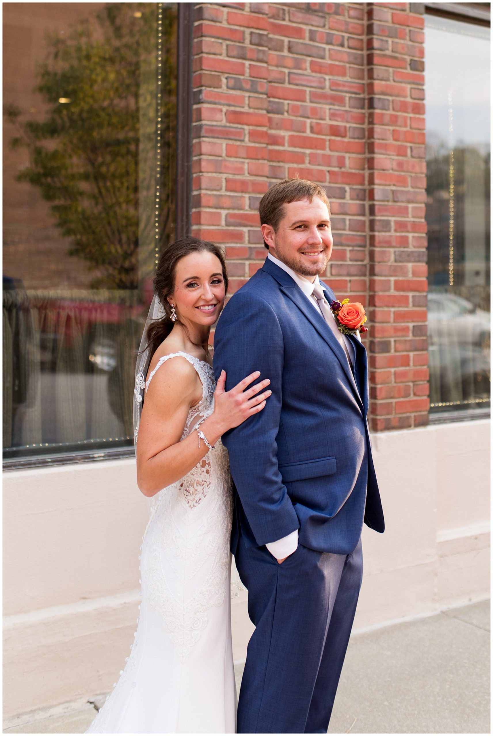 bride and groom wedding photos in downtown Wabash Indiana