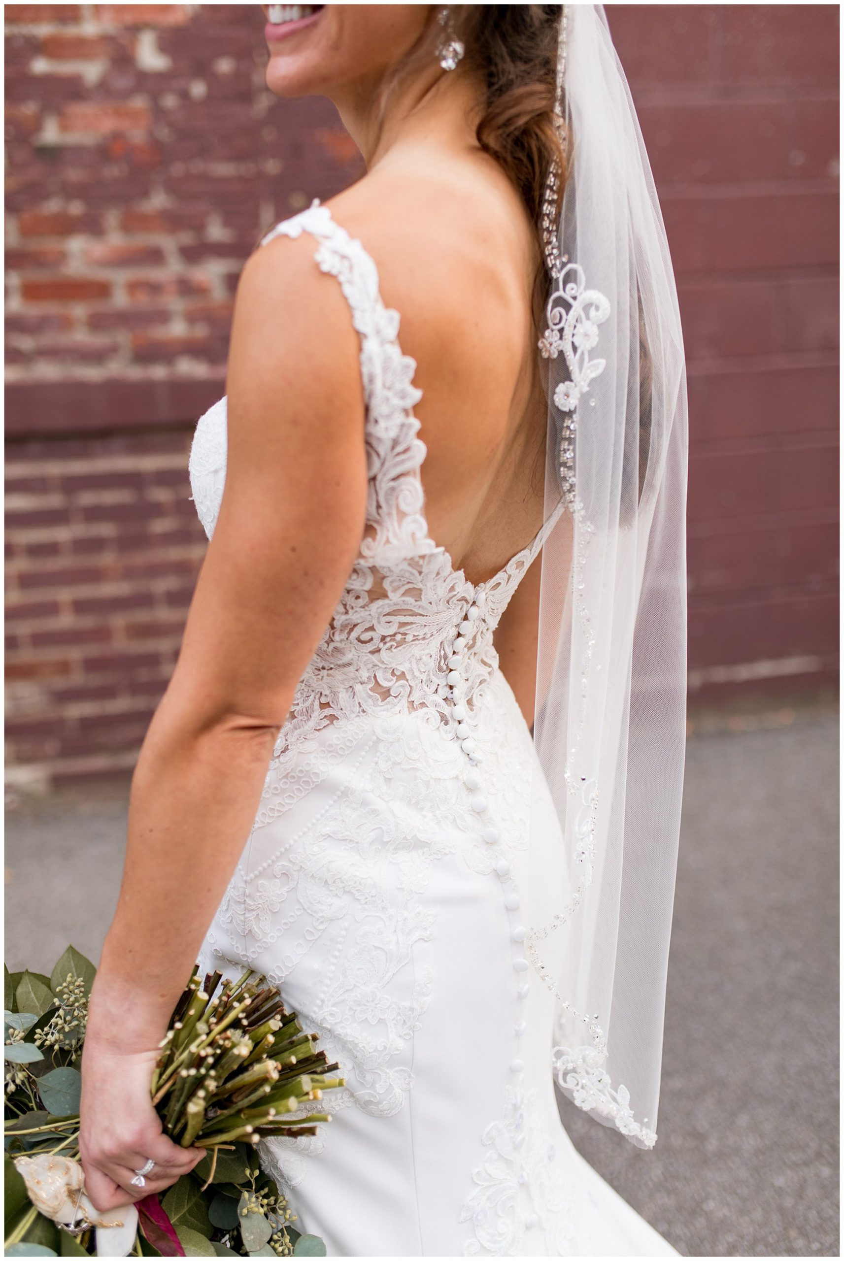 bride wedding photos in downtown Wabash Indiana
