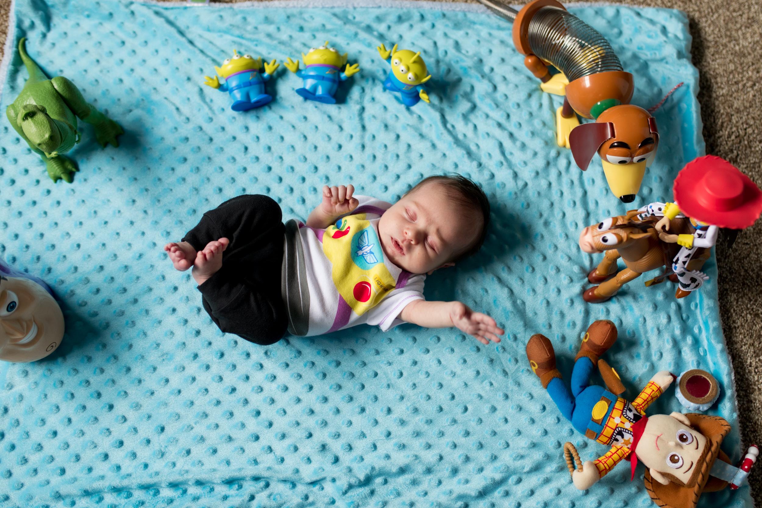 Kokomo in-home newborn session
