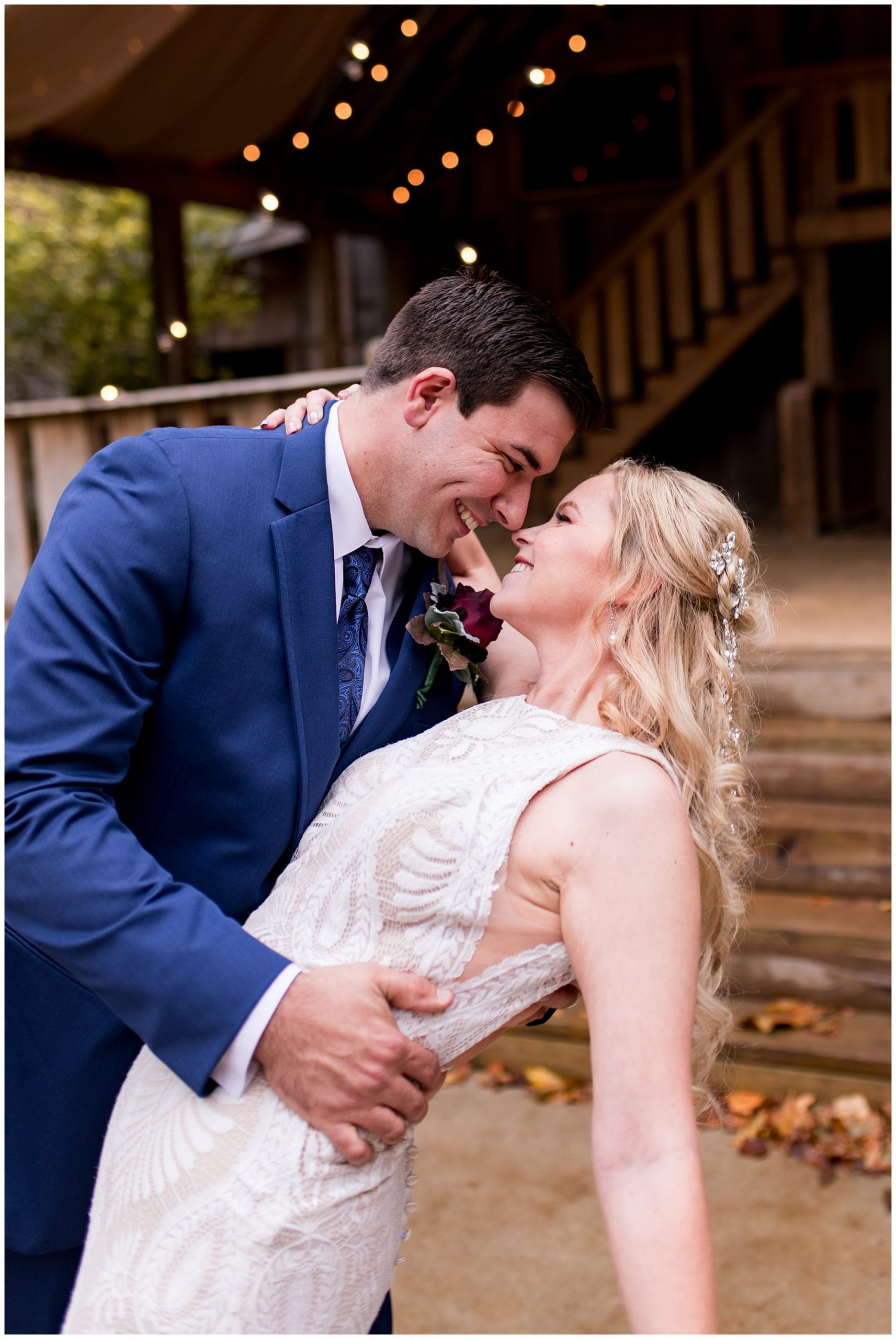 bride and groom wedding photos at Story Inn in Nashville Indiana