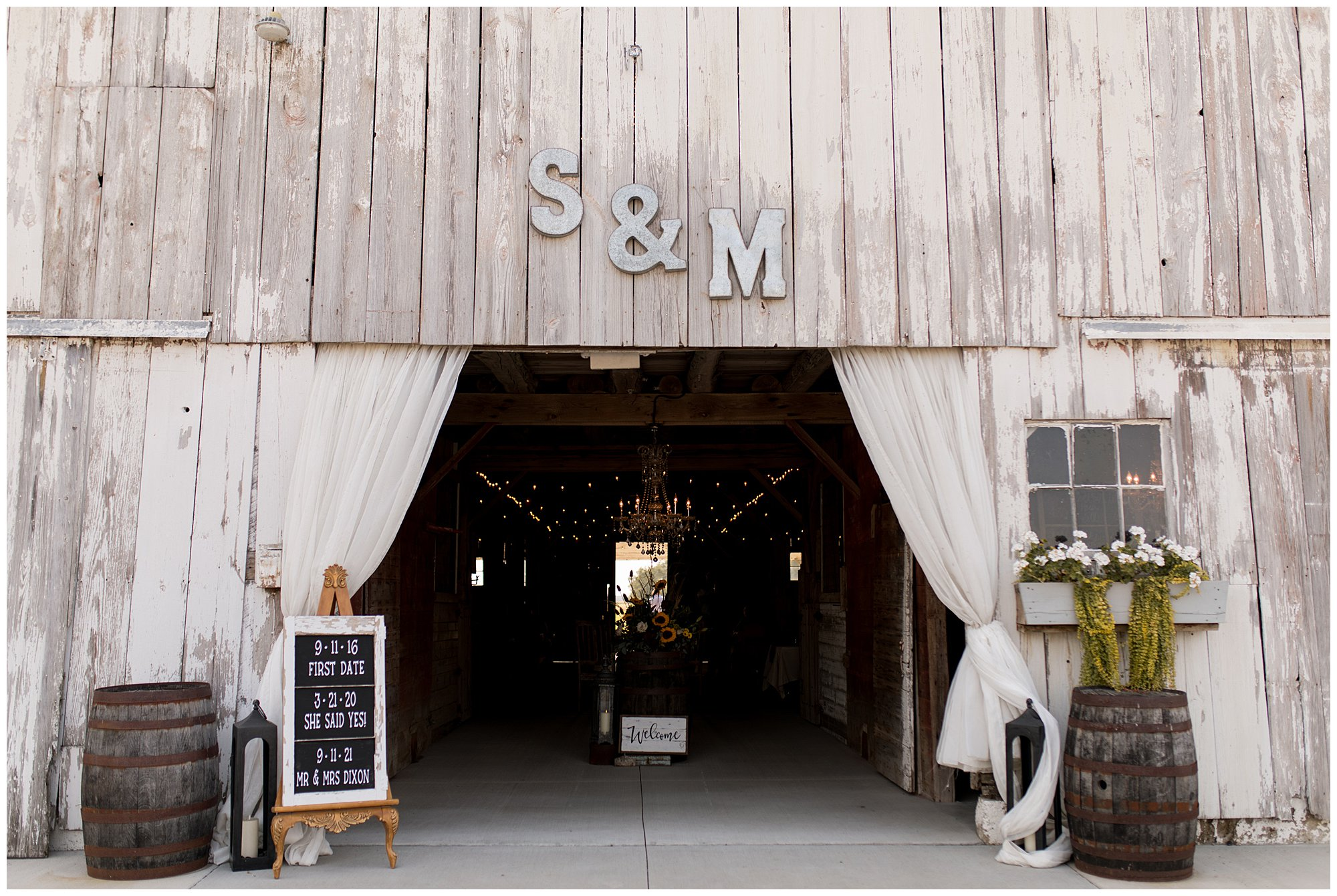entrance to The Barn on Boundary in Eaton, Indiana