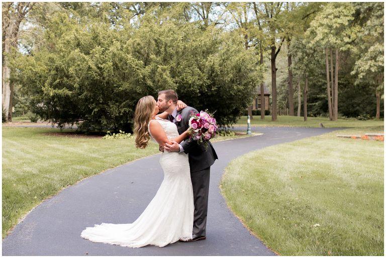bride and groom Fort Wayne wedding photographer portraits